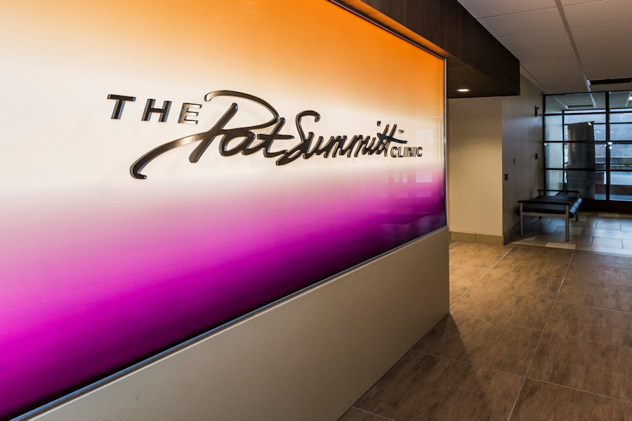 UT Medical Center Knoxville - The Pat Summitt Alzheimer's Clinic